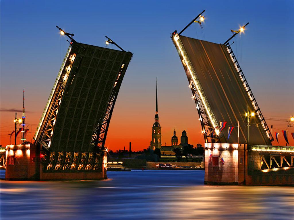 Выбираем и бронируем Туры в Питер и Москву на нашем сайте!