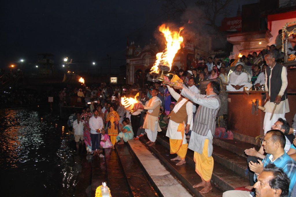 Индия-ритуал огня