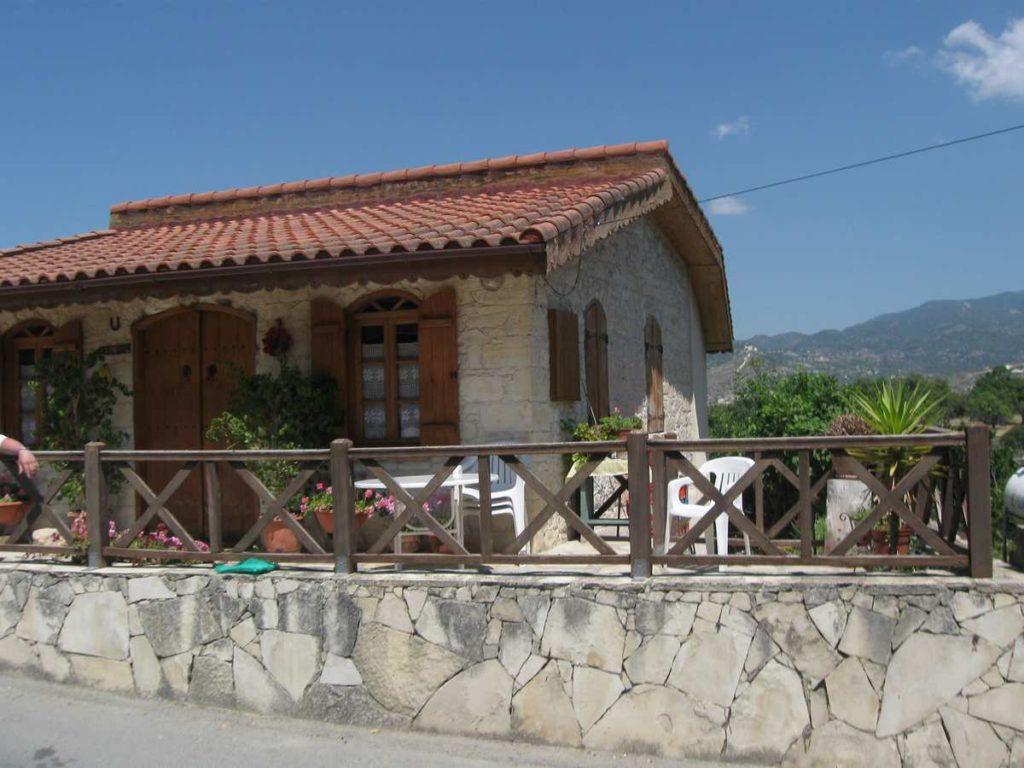 Кипр. Горная деревушка